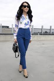 fashion style for 62 woman looking stylish with business meeting outfit 62 meeting outfit