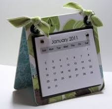 How To Make Your Own Desk Calendar Mini Magnetic Calendars Diy Gifts Pinterest Magnetic