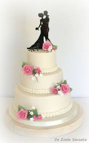 classic wedding cakes classic white weddingcake with pink roses cakecentral