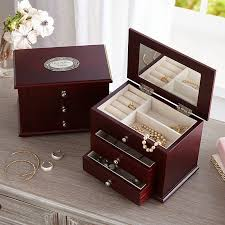 personalized wooden jewelry box personalized jewelry boxes at personal creations