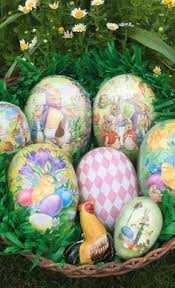 Easter Egg Decorating Hacks by 8 Simple Easter Egg Decorating Hacks Easter Egg And Easter Egg Dye