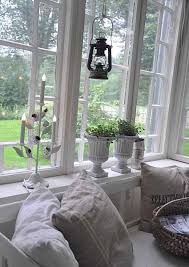 Christmas Window Decorations For Home by 14 Eco Friendly Christmas Decorating Ideas For Interior Windows