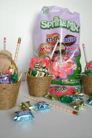 Homemade Easter Baskets by Diy Mini Easter Baskets My Creative Days