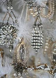 Pearl Christmas Tree Decorations by 60 Best Christmas Trees Images On Pinterest Christmas Time