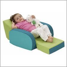 mini canape enfant petit canape enfant 976776 petit fauteuil mousse pour bebe décoration