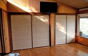 Mirrored Bifold Doors For Closets Amazing Design How To Cover Mirrored Closet Doors Home Ideas