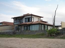 beautiful house on the beach in extensive grounds of 1800 m2 with