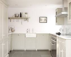 White Backsplash For Kitchen by 25 Best Slate Floor Kitchen Ideas U0026 Remodeling Pictures Houzz