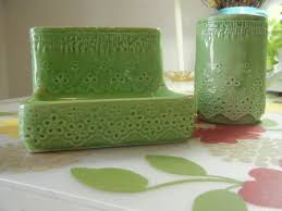 Lime Green Bathroom Accessories by Best 25 Bright Green Bathroom Ideas On Pinterest Light Green