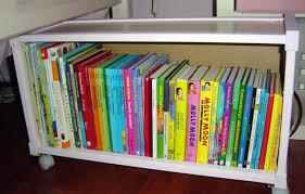 rangement livre chambre une idée pour ranger les livres dans une chambre d enfant