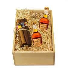 cigar gift baskets send this hennessy and cigar gift set cognac gifts