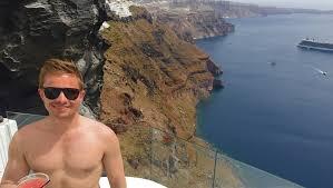 aris caves santorini luxury hotel perivolas oia santorini greece dream hotels idolza