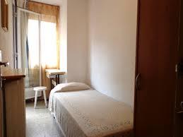 chambre en colocation barcelone central chambre au colocation pour etudien ou stage du