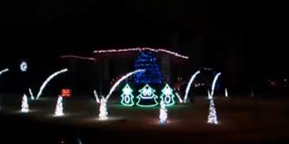 christmas decorations light show this incredible christmas light show tells us what the fox says