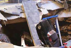 corvette museum collapse sinkhole collapses part of corvette museum in ky