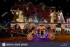 festival of lights riverside 2017 riverside usa 10th dec 2017 people tour the 25th festival of