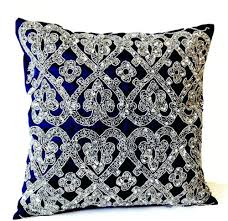 blue decorative pillows – pnashty