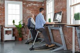 Standing Desk Posture by The Science Behind Standing Desks U0026 Chairs Focal Upright