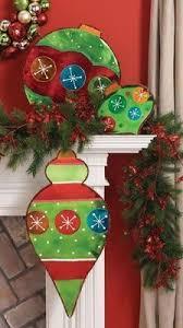 tree yard pattern signs ornaments