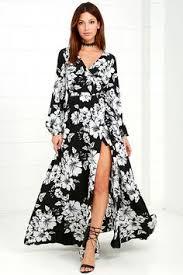 paisley pattern long sleeve maxi wrap dress in purplish blue
