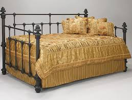 beautiful and handmade iron daybeds design for teenagers bedroom