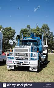 mack trucks mack trucks stock photos u0026 mack trucks stock images alamy
