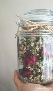 the capricious club diy dried flowers in a jar
