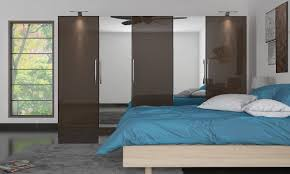 top tips for the perfect wooden wardrobe design for your bedroom