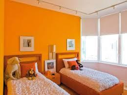 couleur mur chambre fille chambre orange et taupe avec chambre orange et bleu et couleur mur