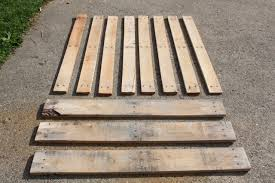 Wedding Guest Board From Pallet Wood Pallet Ideas 1001 by How To Disassemble Pallets With Ease Pallets Woods And Pallet