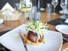julien cuisine restaurant bistro chez julien restaurants la prairie