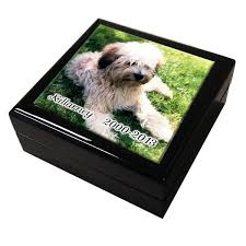 Keepsake Box Personalized Pet Memorial Keepsake Box With Ceramic Photo Tile Design 1