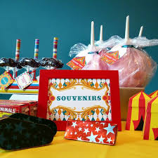 Circus Candy Buffet Ideas by Best 25 Candy Jar Labels Ideas On Pinterest Candy Buffet Jars