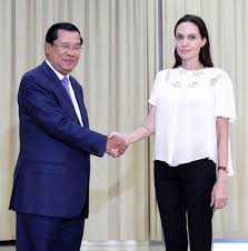 angelina jolie and her fathers troubled relationship photos a