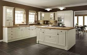 kitchen tile flooring ideas kitchen ceramic tile flooring for kitchens tile flooring ideas for