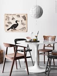härlig blandning docksta bord stockholm stol i valnötsfanér