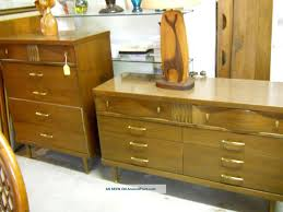 Blonde Bedroom Furniture 1950 Bassett Bedroom Furniture 1970 S Bassett Bedroom Furniture