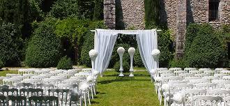 location chaises décoration de cérémonie en extérieur location chaises napoléon