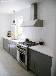 porcelain tile kitchen backsplash glass ceramic or porcelain 10 kitchen backsplash tile ideas