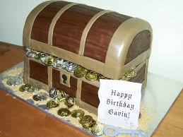 cakes by kristen h pirate treasure chest cake