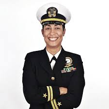 being an commissioned officer in the us navy navy com