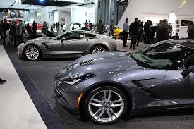 2014 corvette colors corvette to feature two colors for 2015 corvette sales