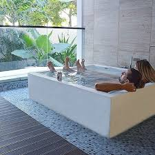 Hotels With Large Bathtubs 9 Romantic Villas With Private Jacuzzi And A View In Bali Under 125