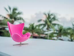 arne jacobsen egg chair photographs olya sanakoev miniature