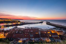 spring tides and rough seas whitby photography