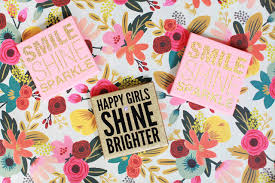 easy diy glitter quotes on canvas