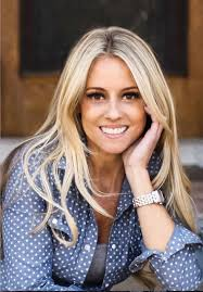 renovation addict nicole curtis top 5 tips for buying and restoring old houses