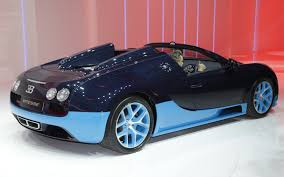 future bugatti first look 2012 bugatti veyron grand sport vitesse automobile