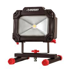 work zone rechargeable led work light husky 1 500 lumen rechargeable led worklight k40067 the home depot