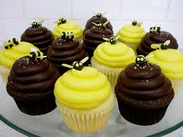 bumble bee cupcakes baby shower bumble bee cupcakes vanilla pound cake with le flickr